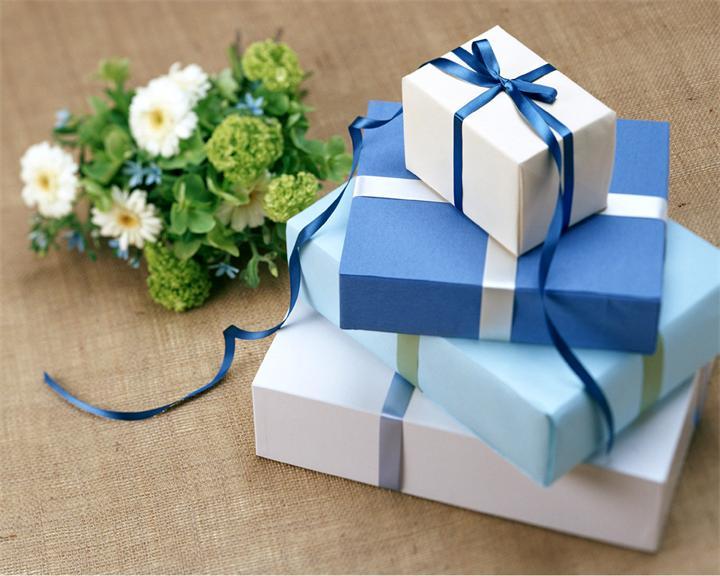 upakovka Как упаковать подарок: самые оригинальные способы