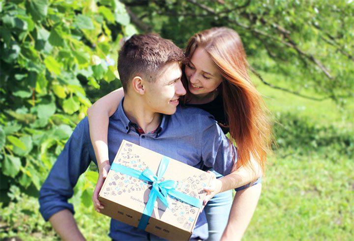 Боксы с подарками: где заказать и купить оригинальный подарок?
