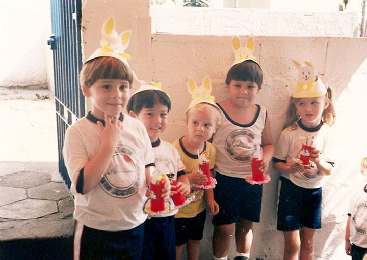 Изображение - Поздравление в прозе первокласснице Shkolniki2