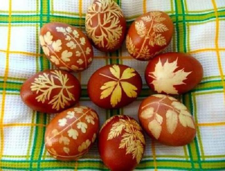 как красить яйца на пасху натуральными красителями