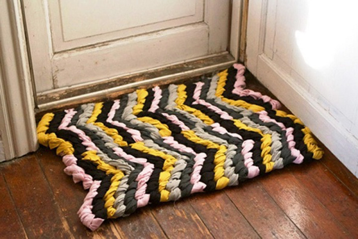 Как сплести коврик из лоскутков без крючка